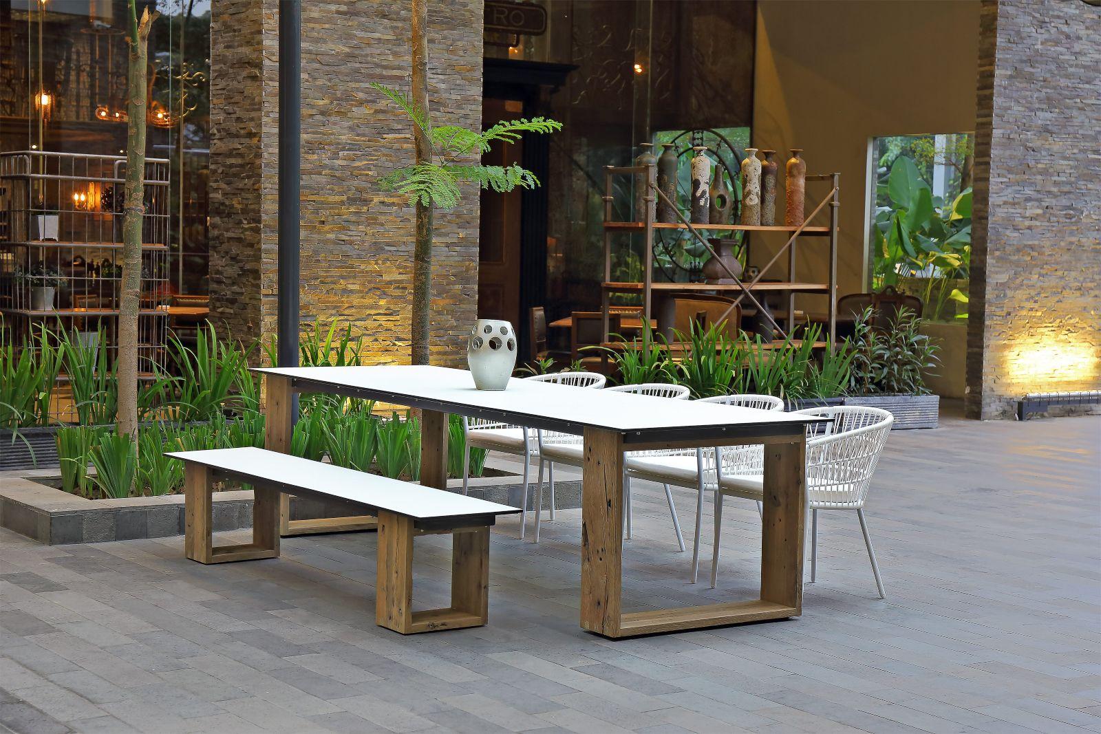 MAMAGREEN_AIKO_dining_table_300_bench_BO
